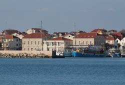 Hrvatska je od danas službeno u recesiji te je potrebna ravnomjerna raspodjela krize između privatnog i javnog sektora