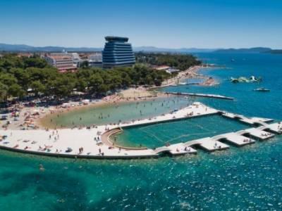Na plaži Vruje utopila se muška osoba