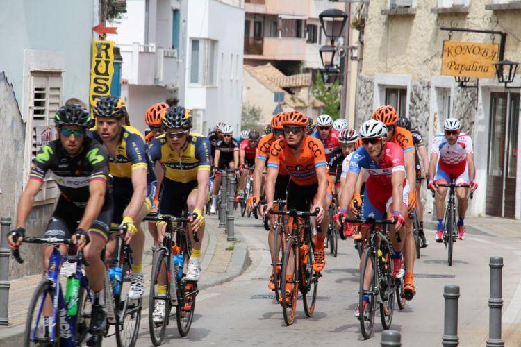 Foto/Video: Biciklistički spektakl Tour of Croatia prošao kroz Vodice