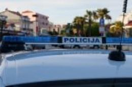 U WC-u jednog vodičkog lokala: Pretukao 44-godišnjaka i otuđio mu 2.000 kuna i 45 eura