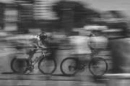 Trijezan biciklist zbog neprilagođene brzine srušio alkoholiziranog biciklista i zaradio kaznenu prijavu