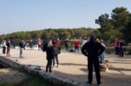Umirovljenici iskoristili sunčani dan za šetnju kroz Kanal sv. Ante