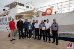 Priča koja traje već 65 godina: Posadama broda Tijat uručena zahvalnica za veliko srce kojim su povezali ljude i otoke
