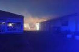 Požar u supermarketu Tommy: Vatrogasci drže situaciju pod kontrolom