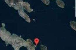Koča koja je isplovila sa Srime nasukala se na otoku Zmajanu, jedna osoba vodi se kao nestala