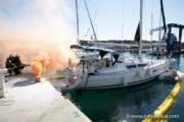 """Vodički vatrogasci i djelatnici marine pokazali spremnost i brzinu na združenoj vatrogasnoj vježbi """"ACI Marina 2019"""""""