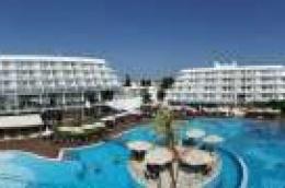 Ljeto u kompleksu hotela Olympia