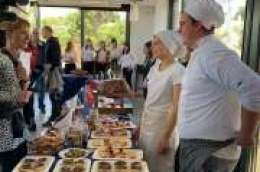 U organizaciji Turističko – ugostiteljske škole: Na tvrđavi Barone održana radionica o sljubljivanju pršuta i vina
