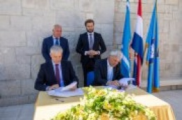 Potpisani ugovori o izgradnji fekalne kanalizacije, vodovodne mreže i telekomunikacijske mreže u sklopu rekonstrukcije dionice državne ceste D8 u Vodicama
