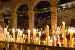 VIDEO: Župa Tisno u utorak 26. svibnja slavi Gospu od Karavaja i obilježava tristo godina svetišta