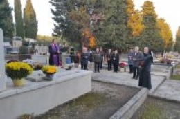 Sedma obljetnica smrti, molitva na grobu i misa za pokojnog don Franu Šimata