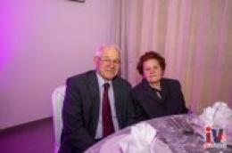 Naši umirovljenici s 50 + bračnog staža uživali u večeri, pjesmi, plesu i druženju