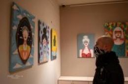 """Pronađite malo slobodnog vremena, isplati se pogledati izložbu slika Anite Franin – Pečarica """"Žena sa skrivenim očima"""""""