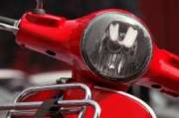 59-godišnjakinja izgubila nadzor nad mopedom, pala na kolnik i teško se ozlijedila