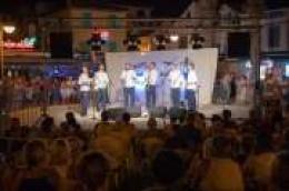 Tradicija klapske pjesme u predivnom ambijentu na vodičkoj rivi: Klapa Bunari apsolutni pobjednik 18. večeri Dalmatinskih klapa
