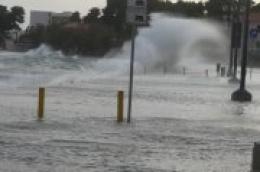 UPOZORENJE !!! Imate brodicu, dobro je vežite: Za vikend olujno jugu i plavljenje nižih dijelova riva