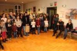 Likovna udruga MORE darovala svome gradu veliku skupnu božićnu izložbu