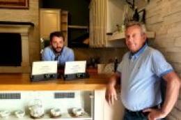 Već nagrađivanom Duvnjakovom ulju stigle i medalje iz New Yorka: 'Samo zajedničkim snagama možemo pozicionirati Dalmaciju na svjetsku scenu najboljih maslinovih ulja'