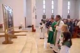 Nikola Tavelić u župi Srima okupio brojne vjernike: Misno slavlje je predvodio fra Ivan Bradarić.