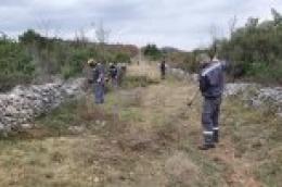 Uredimo naše Vodice: 17 radnika u vodičkom zaleđu čisti i održava poljske puteve