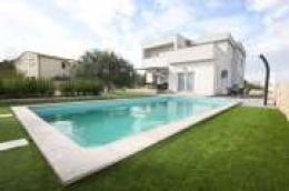 Zaton, moderna samostojeća kuća s bazenom