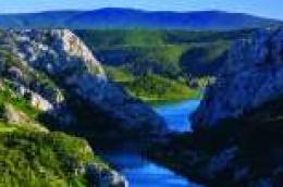 NP Krka snimila treći edukativni film posvećen fenomenu bezvodnog krša kojim teče 72,5 kilometara rijeke Krke