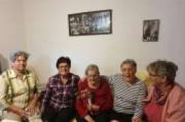 Ne zaboravljaju svoje članice: Vodiške perlice posjetile Jasenku Čičin Karlov i čestitali joj 87. rođendan