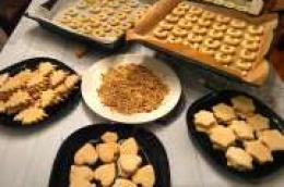 Priprema suhih kolača za nadolazeće blagdane