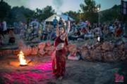Velika Mrdakovica oživjela u duhu starih Rimljana: Ljetne bakanalije privukle mnogobrojne Vodičane i njihove goste
