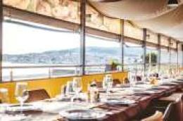 Restoran i pivnica Hangar za svaku prigodu: Sa svojim iskusnim timom, uz dvije terase idealno je mjesto za obiteljska, poslovna i prijateljska okupljanja