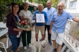 48 godina vjernosti: 70-godišnjem Josefu Feideru uručena plaketa i poklon za dugogodišnju lojalnost Vodicama