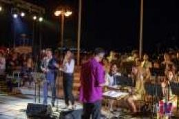 Vodička glazba sinoć oduševila uz spoj romatike i dvoje slavuja, Helenu Bastić i Igora Cukrova