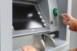 S tuđom karticom podizao novac s bankomata
