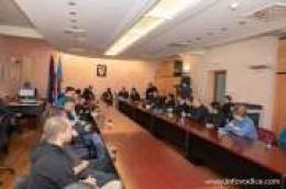 Potpisani ugovori vrijedni 2,8 milijuna kuna: Grad Vodice ove godine sufinancira rad četiri nove udruge