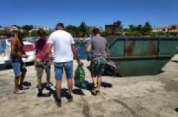 VELIKA AKCIJA: Ronioci Powerlifting kluba Šibenik i momci iz Udruge mladih Srima očistili podmorje samog centra Srime