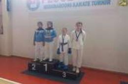 Novih šest medalja za karate klub ''OKIT''