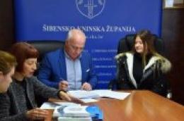 23 nove stipendije za učenike i studente Šibensko kninske županije