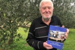 "Predstavljena knjiga Roke Ivande ""Zapisi s margine: Priča o drugačijim Vodicama"""