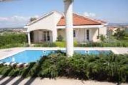 Ponuda Moreta nekretnina: Vodice, ekskluzivna vila s bazenom