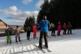 Dalmatinci na snigu: Učenici trećih razreda OŠ Vodice na Kupresu učili skijati