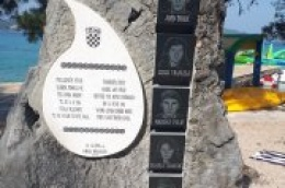 Na plaži Soline u Biogradu obilježit će se 27. obljetnica pogibije troje pripadnika specijalnih postrojbi i dvoje civila