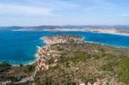 "Inozemni blogeri, novinari i youtuberi promovirat će otoke šibenskog arhipelaga kroz projekt  ""Croatia, Full of Islands to Discover"""