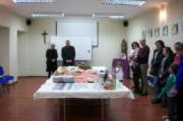 Caritas župe Vodice upriličio primanje i darivanje za obitelji u kojima se rodilo treće, četvrto i šesto dijete
