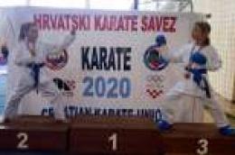 Novi uspjesi Karate kluba Okit: Ela Adžaga postala viceprvakinja Hrvatske, Tara Jukić treća u državi