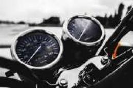 Teže ozlijeđen 30-godišnji vozač motocikla kod skretanja za Plodine: Vozio motor kategorije koja nije upisana u njegovu vozačku dozvolu.