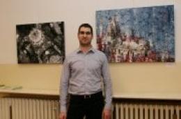Gledajući njegove slike teško je povjerovati da se ne radi o akademskom slikaru: Vodičanin Krešimir Radas inspiraciju pronalazi u Dalmaciji i moru